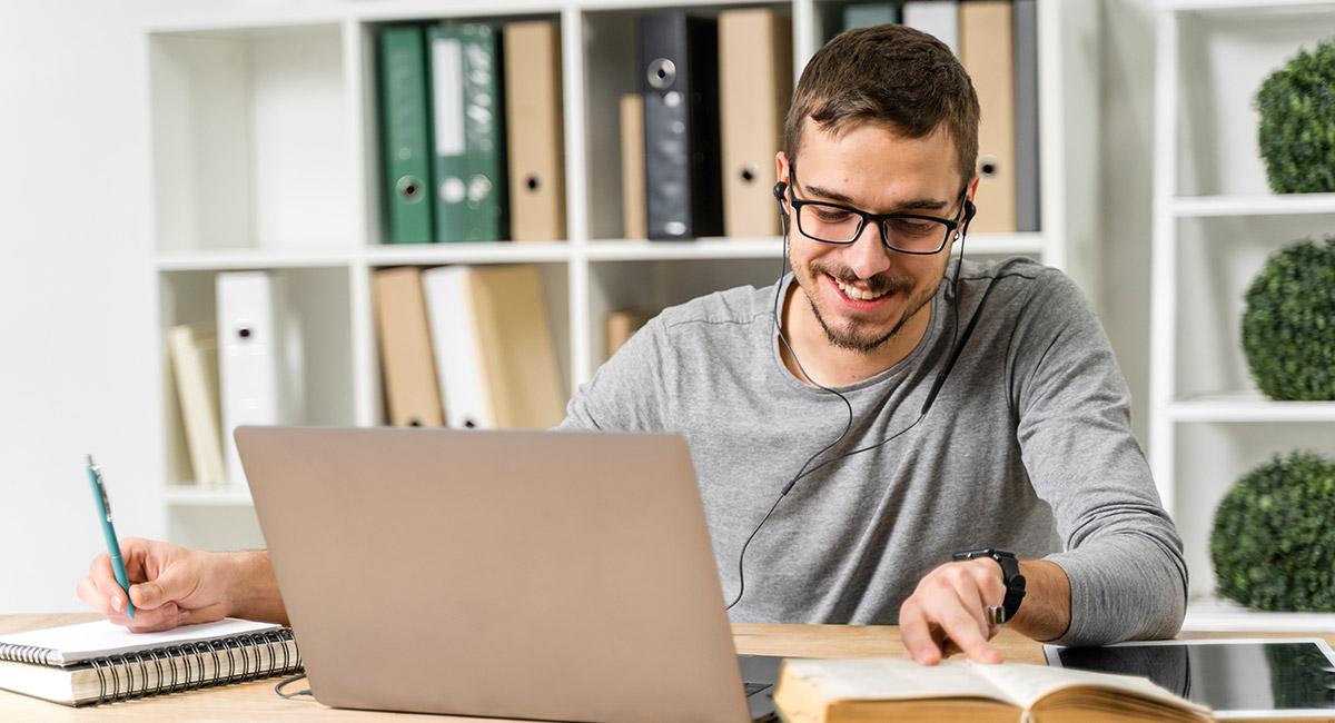 Studia przez internet jak wyglądają